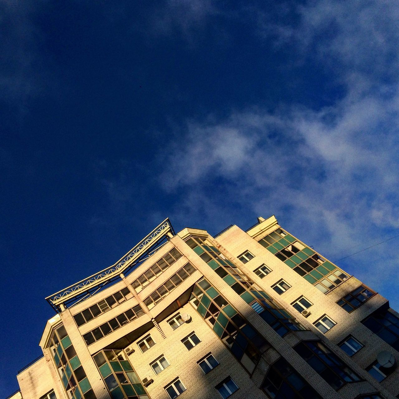 Low Angle View Architecture Building Exterior Sky Built Structure No People Outdoors Cloud - Sky City Day