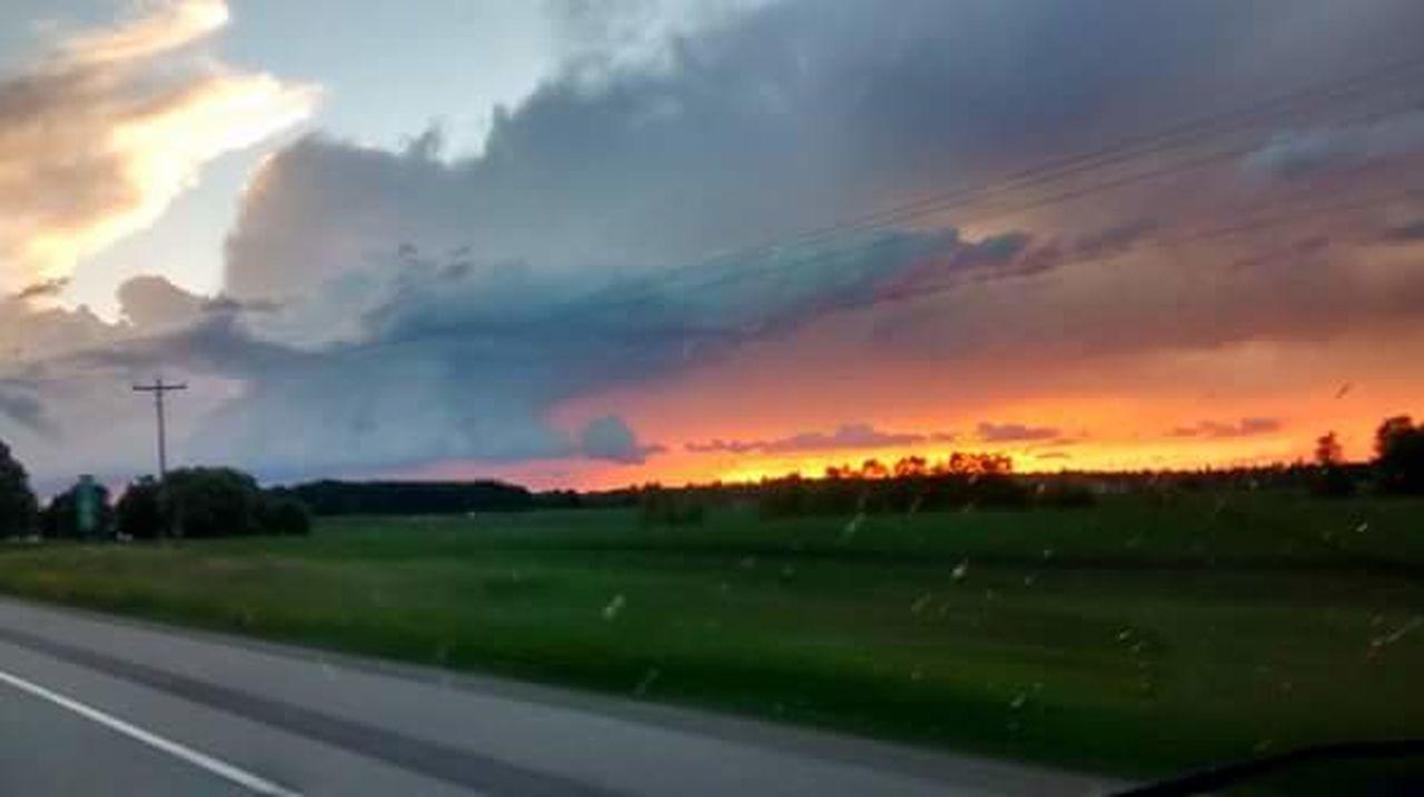Sunset Looks So Fake