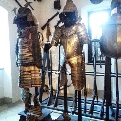 Burgreichenstein Waffenkammer Weaponsroom Armor Rüstung Rüstungen