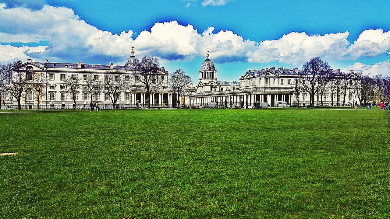 Greenwich Park Greenwich,London Green Grass Architecture Building Exterior Sky Outdoors Day Rare Colors Backlight S7 Edge Photography Green Nature Cloud - Sky Built Structure Rare Collection S7Edgecamera