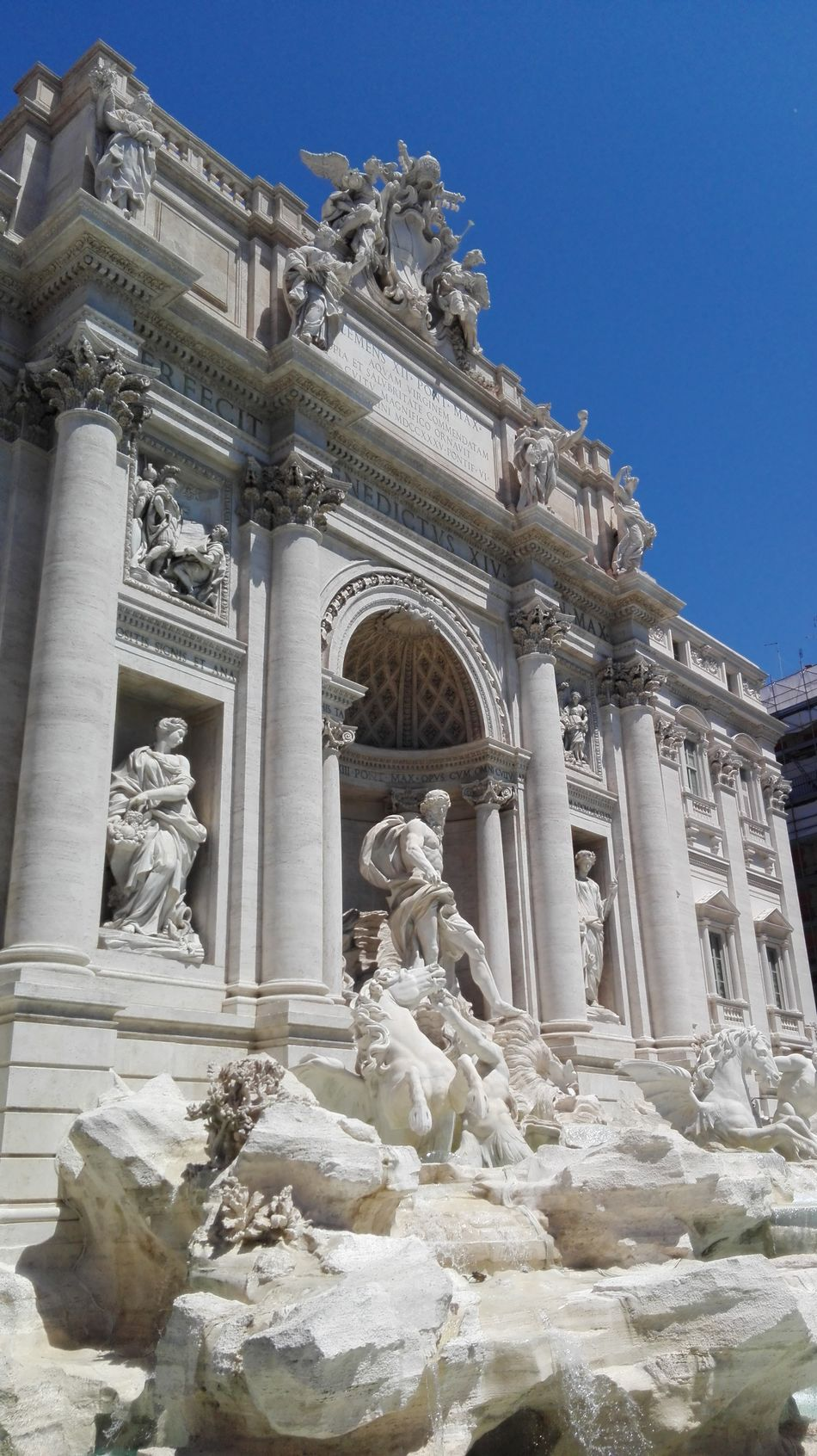 Sky Of Rome Rome Italy Rome Beutiful World Hello World No Edits No Filters Sky Blu Of Rome Architectural Detail Architecture_collection Fontain Fontana Di Trevi Magnifique Details Monuments Fontana Di Trevi Rome