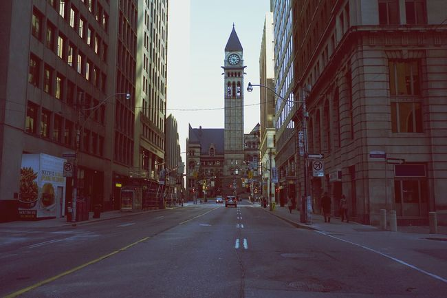 Good morning Toronto ! Bay Street