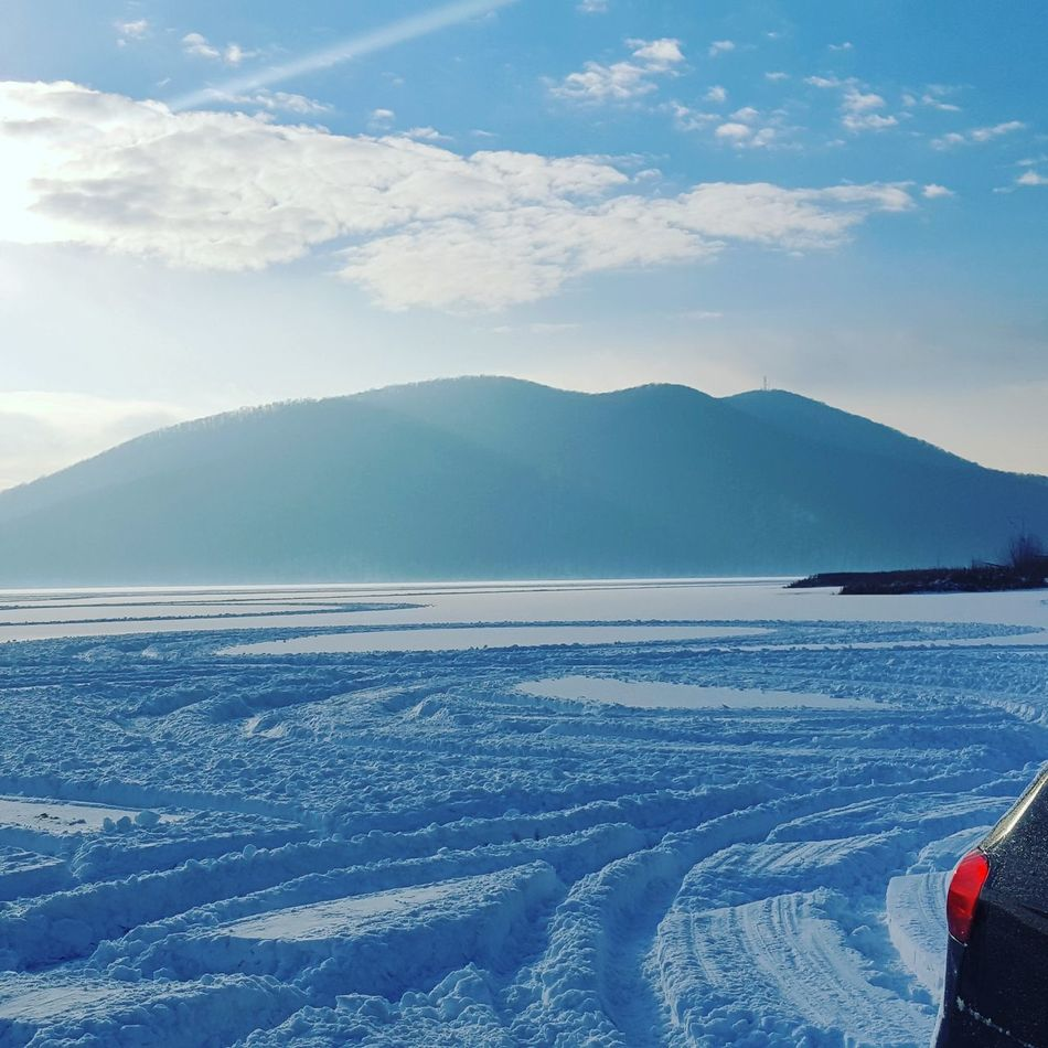 Snow Cold Temperature Winter Ice Mountain Blue Lake Water Frozen Outdoors Beauty In Nature No People Calineşti-Oaş