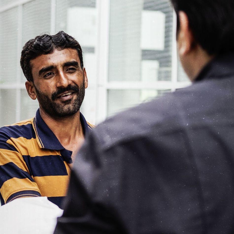 The Pedlar Eyemstreetphoto UAE Middle East Dubai Streetphotography Dubai Portrait Gpp2017 Fujifilmme FUJIFILM X-T10 Fujifilmxfaces EyemDubai Eyemmiddleeast Teatime Vendor
