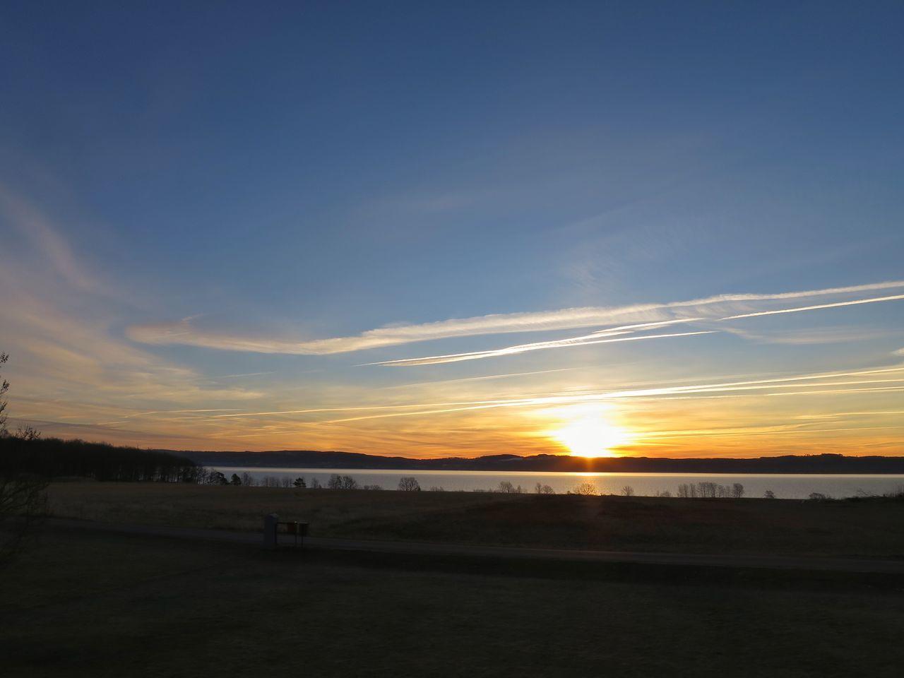 Sunrise Landscape Inmygarden Amazing View Lake View Nature Outdoors Morning Light Morning Sky