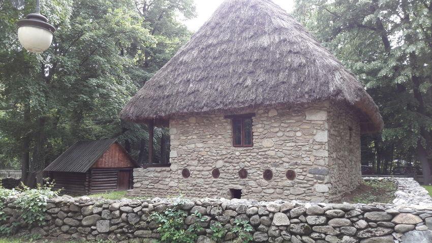 Built Structure Architecture Outdoors