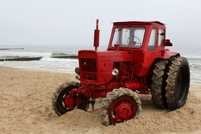 Bad Weater Beach Germany Kölpinsee Red Red Tractor Sand Tractor Usedom Water