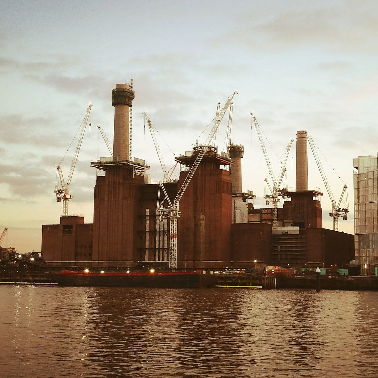 London River Thames Cranes And Construction Battersea Power Station EyeEmNewHere