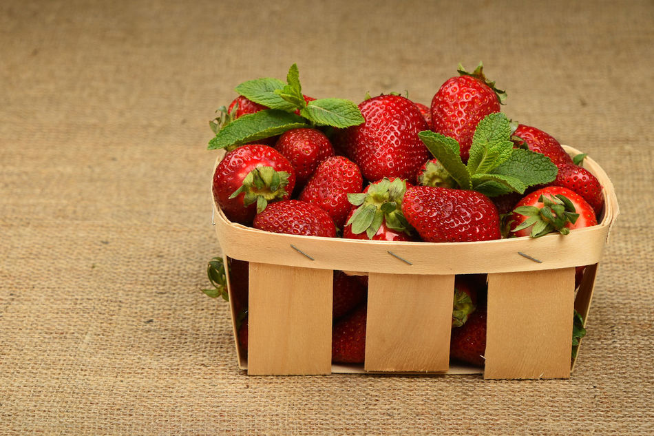 Strawberry crate on canvas Agriculture Basket Berry Berry Fruit Canvas Close-up Crate Diet Food Food And Drink Freshness Fruit Harvest Healthy Eating Leaf Mint Natural Organic Food Red Red Strawberry Strawberrys Sweet Food Vegetarian Vegetarian Lifestyle