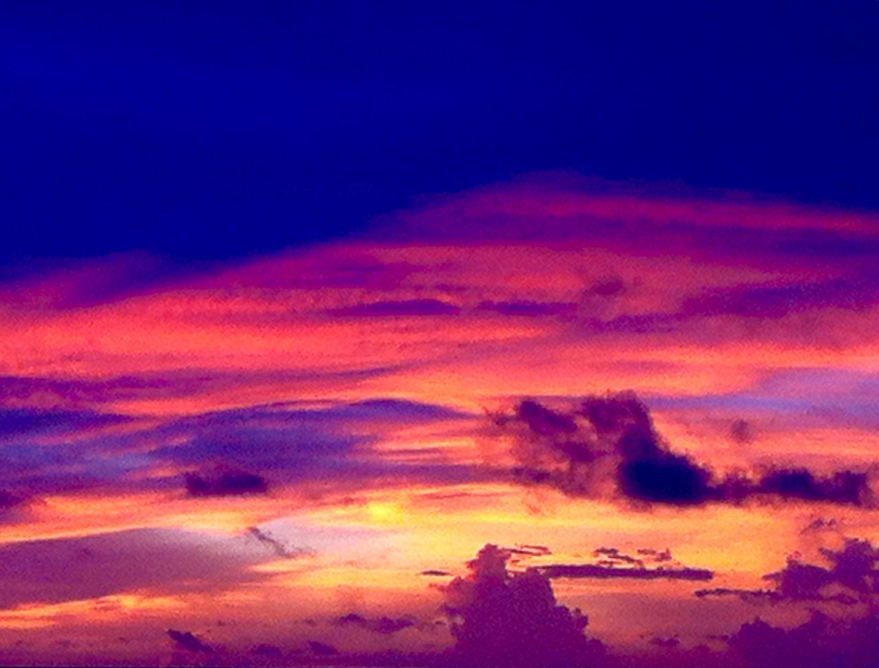 South Atoll South Atoll Archipelago color of life Color Palette Travel Maldives Red Sky Clouds And Sky Clouds Cloud Formations Sunset Sunlight Travel Destinations Travel Photography Ocean Life