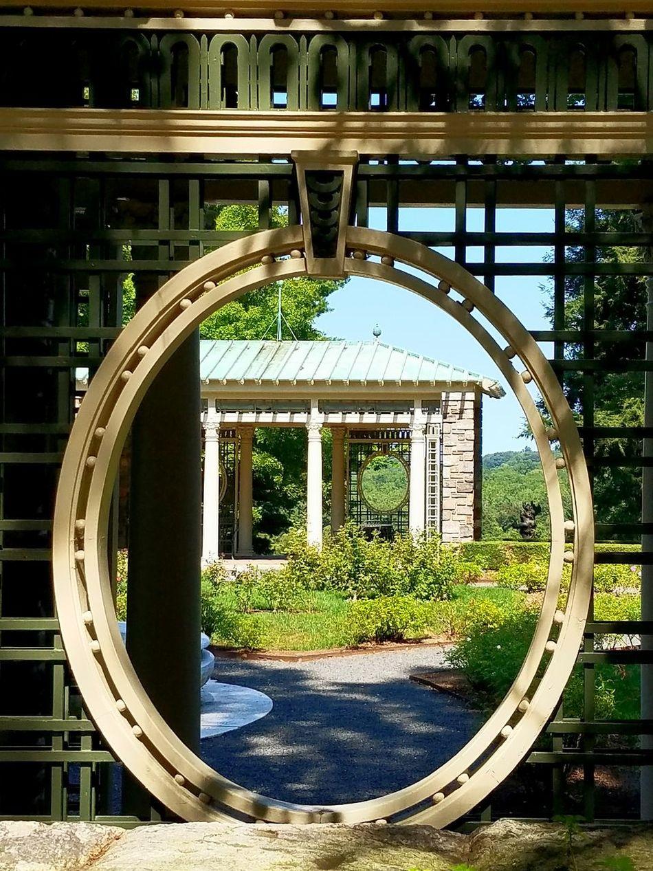 Architecture Built Structure Building Exterior Arch Circle Geometric Shape History Travel Destinations Outdoors Rockerfeller Garden Garden Photography