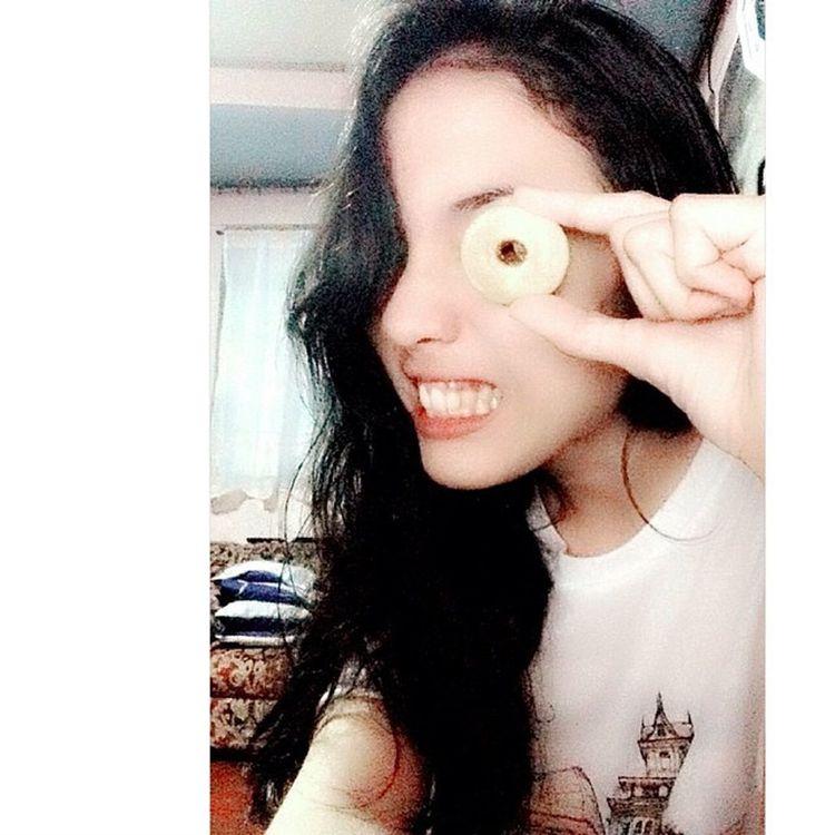 I can see youuuuu. OuO LOL ate Dannee, salamat sa mini donuts. Donuts Cute FAB me excuseyou hahaha isthisaselfie ok selfie