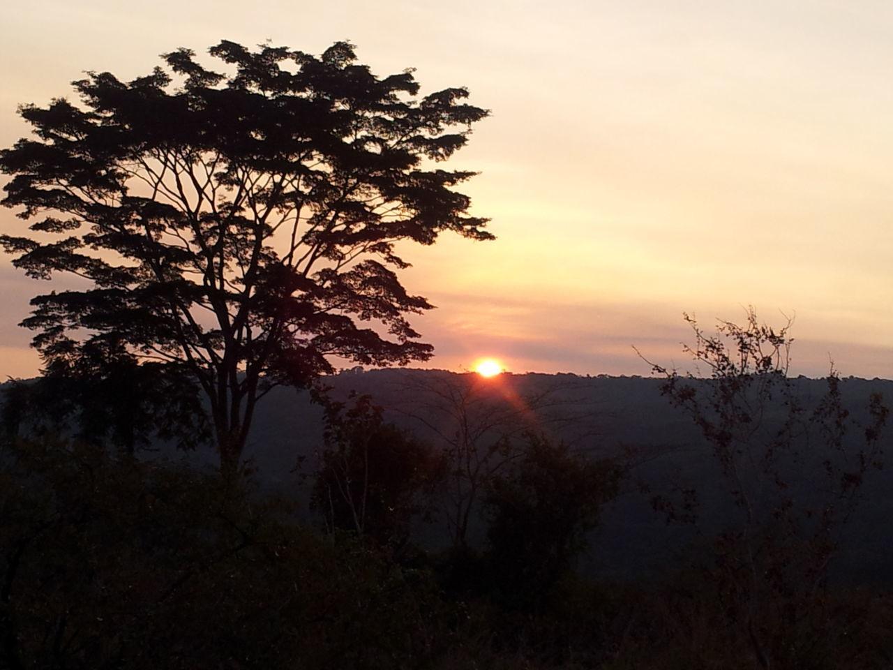 Coucher de soleil a Mounana ville de la province du Haut (Gabon) Romantic Sky