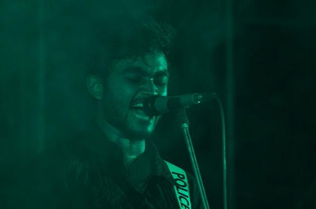 Close-up Eligent Human Face Leisure Activity Power Smokey Strength Vocal