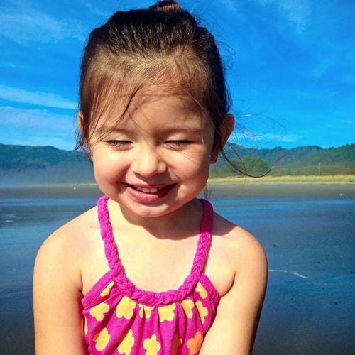 My beutiful niece ? Beach Beach Day My Neice <3 Beautiful