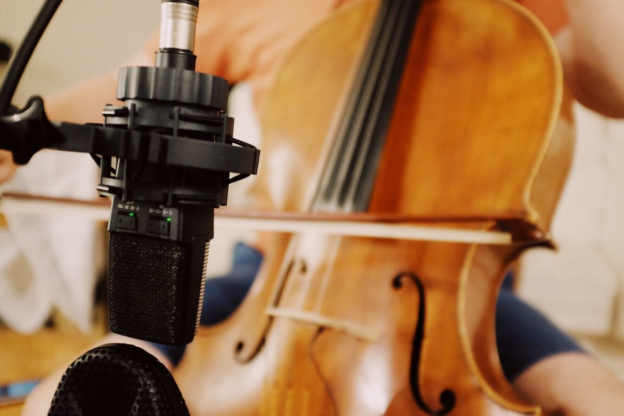 music, musical instrument string, musical instrument, arts culture and entertainment, musician, violin, playing, close-up, indoors, classical music, day