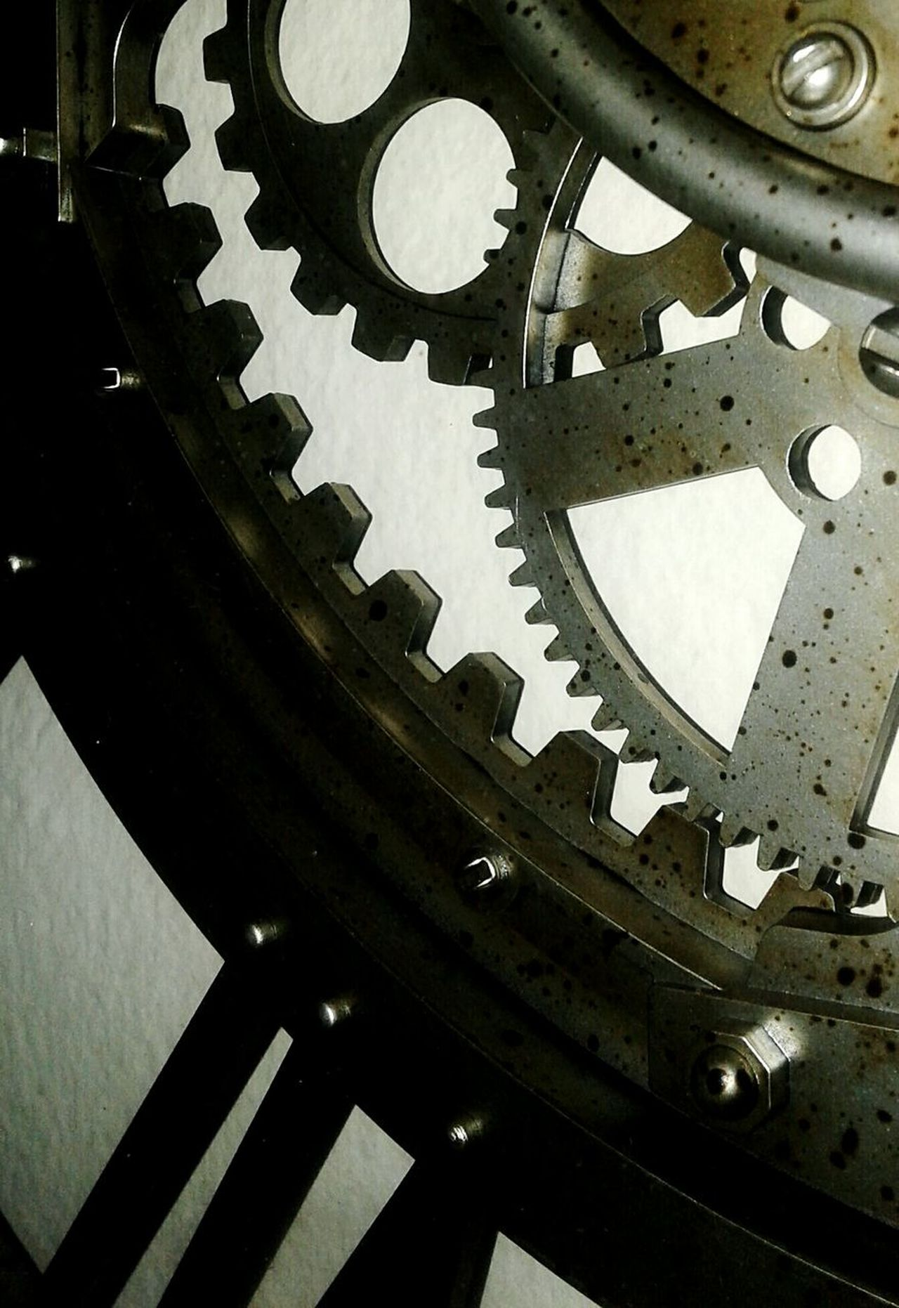 Close-up Clock Gear Indoors  Minute Hand Day Highlights Light And Shadow Gold Colored Shadows & Lights Abstract Photography Best New Photographers Relaxing EyeEmNewHere Sculpture Black Color Rustic Shadow Technology Mechanics Edges Corner Turn Vintage Tick Tock Tick... Tock