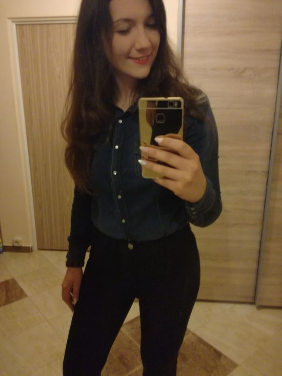 Young Adult Long Hair Party Time!! Partyhard Enjoying Life Check This Out People Hello World Sexygirl Selfie ✌ Smile Model Me! Xoxo Today's Hot Look Polishgirl Cheese! Selfie Happy Time Lovely Girl Young Women That's Me Hi! Taking Photos