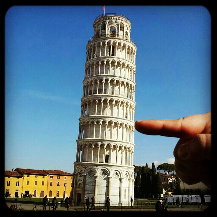 The Leaning Tower of Pisa in Pisa by azmil_n