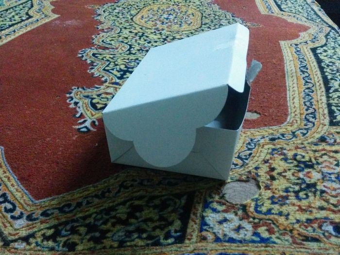 Close-up Archival No People Indoors  Toilet Bowl Wastepaper Basket Day Empty Empty Paper Box
