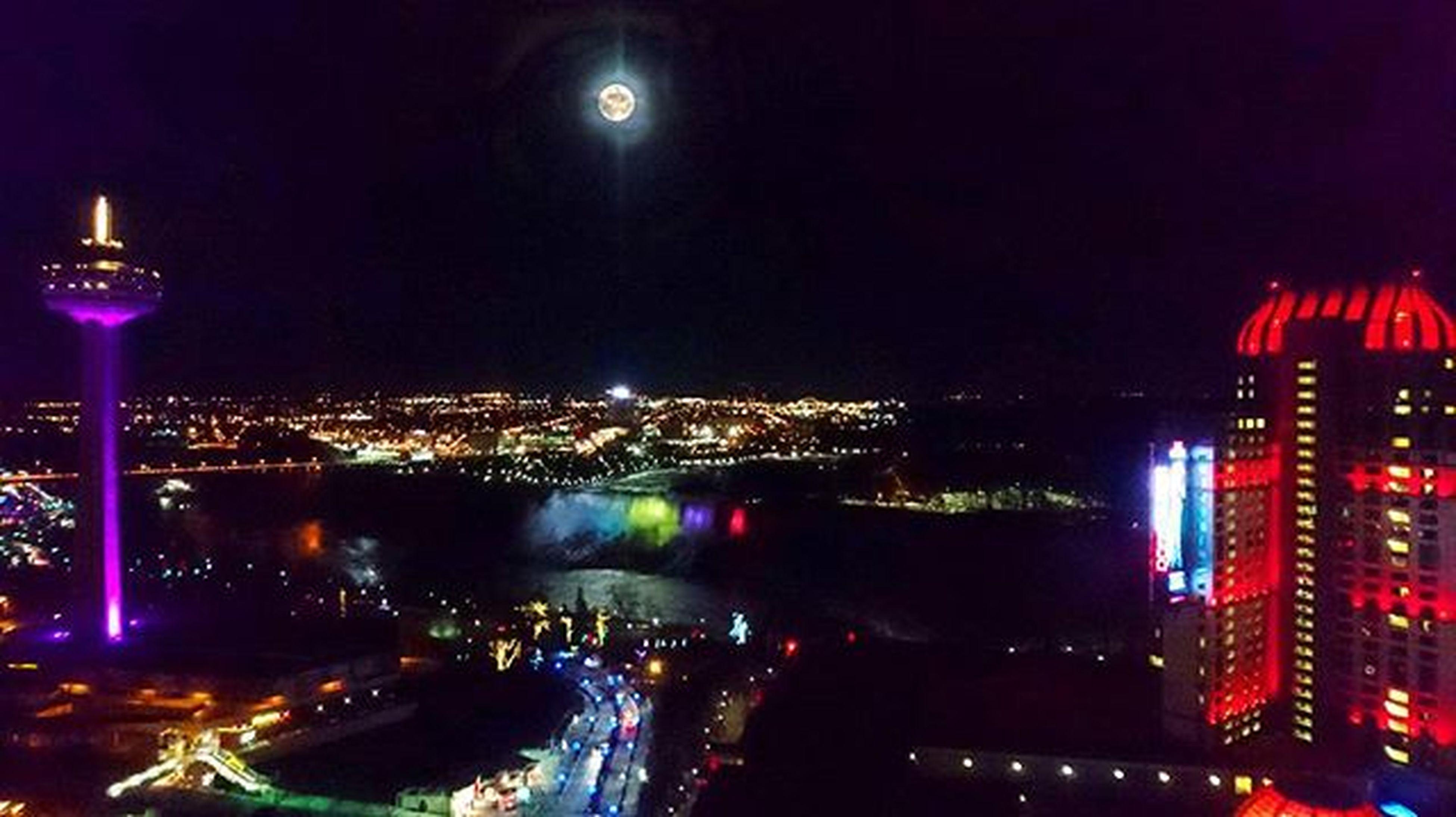 Niagara at night. FallsviewCasino Skylontower Niagarafalls Niagara Niagaraparks Colourful Fullmoon Casino Fun Niagaranightlife Niagaranights USA Niagaraescarpment HorseshoeFalls Nikonphotographers Falls Nikonphotography D7000 Rrhurstphotography Nofilter Latowphotographersguild