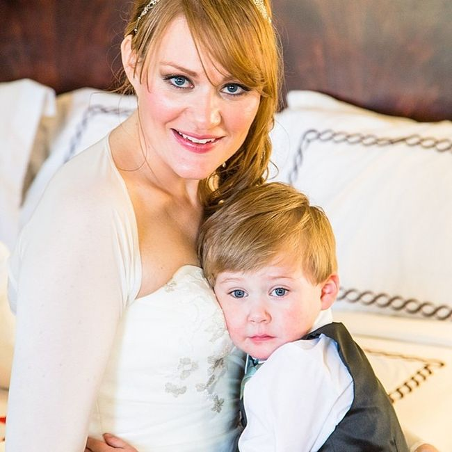 One of the best things about being a photographer is catching the tender moments!! Motherandson  Wedding Capecod Capecodwedding tendermoment love dan'lwebsterinn sister bride gorgeous family photography