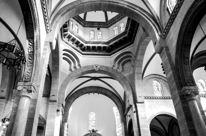 Interior shot of Manila Cathedral transcept. Located inside Intramuros Manila, this church is also known as the Basilica of the Immaculate Conception Lead church of the Diocese of Manila Philippines . Faith Monochrome Black And White Catholic Architecture Architecture_collection Ceiling