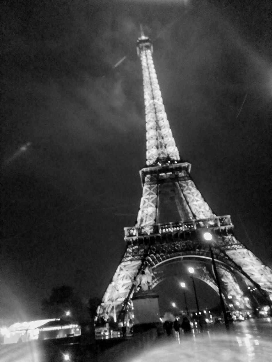 Paris TourEffeil Toureiffel Toureiffelbynight Tourist Destination Toureiffelparis Wonderful Architecture Travel Destinations Tourism Monument Built Structure No People Travel Tower Night Sky Paris, France