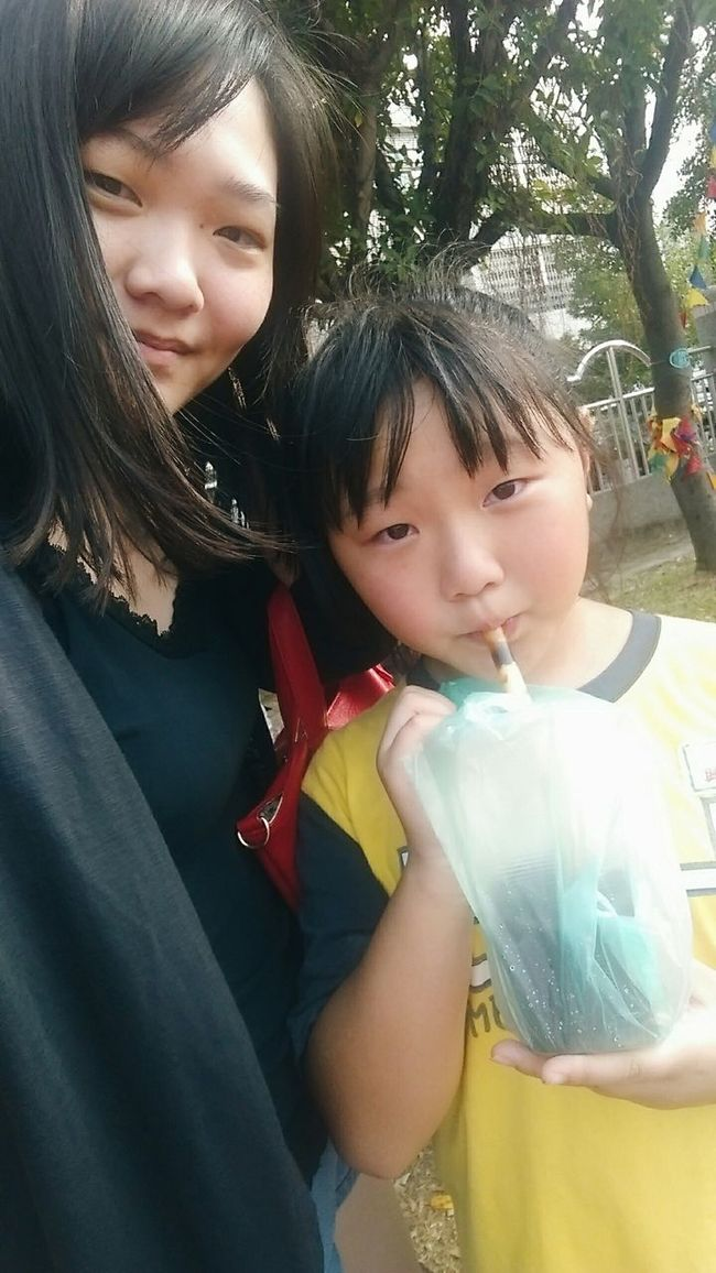 20151114 with my little sister School Life  Family Kate's Daily Vscocam Taking Photos Check This Out Yolo Photography Taiwan EyeEm