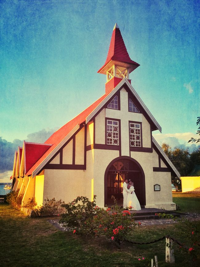 Golden hour Mauritius Landscape_Collection Sunlight Church Wedding