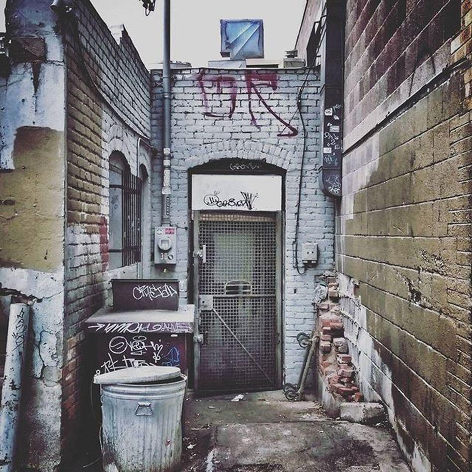 Alleyexploration Alleyshavethebestshit Denveralleys Urbanexploration Rsa_preciousjunk Rsa_doorsandwindows Rsa_doors Doorsonly Doorsondoors Doorporn Door Denvertags Tags Tagsandthrows