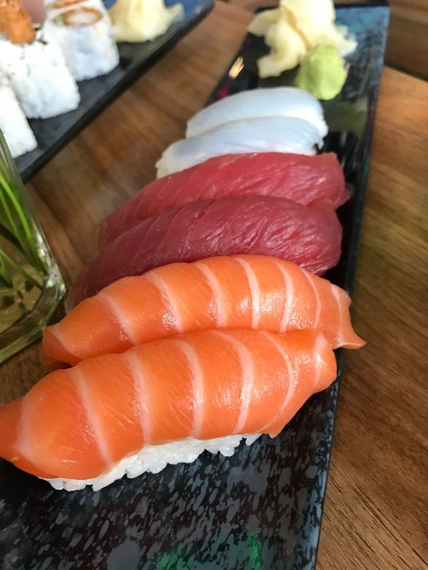 Sushi Close-up Salmon Sushi Tuna Sushi Ika Addicted