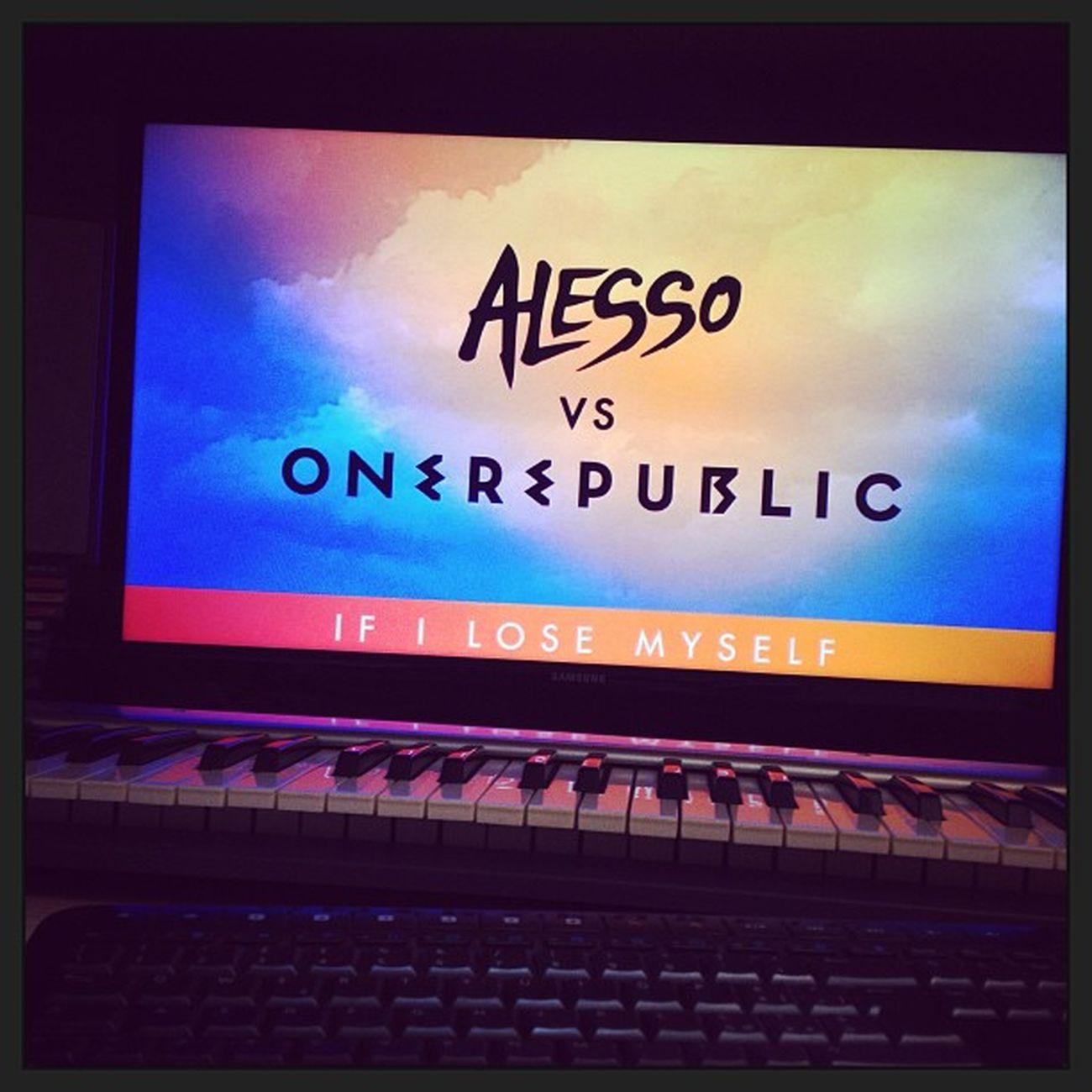 I <3 this track Alesso Oberepublic Ifilosemyself