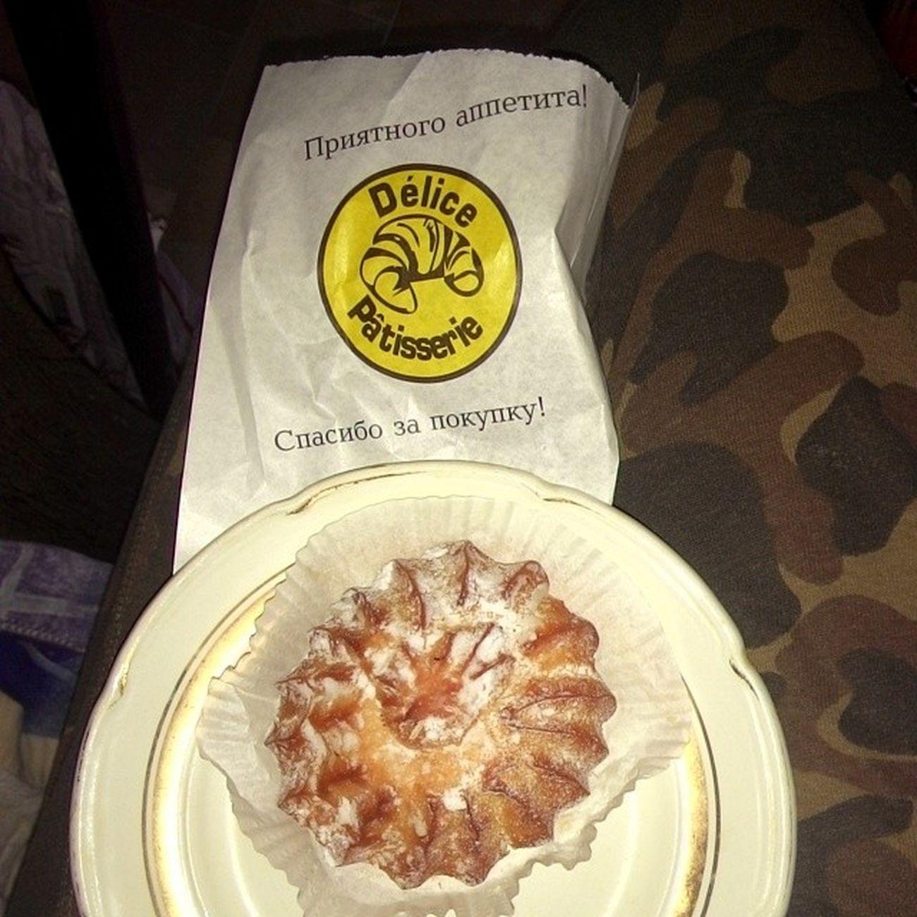 #мирдолжензнатьчтояем #2014 Food Cake Instafood 2014 мирдолжензнатьчтояем вкусно кекс фотоеды булочка булка приятногоаппетита