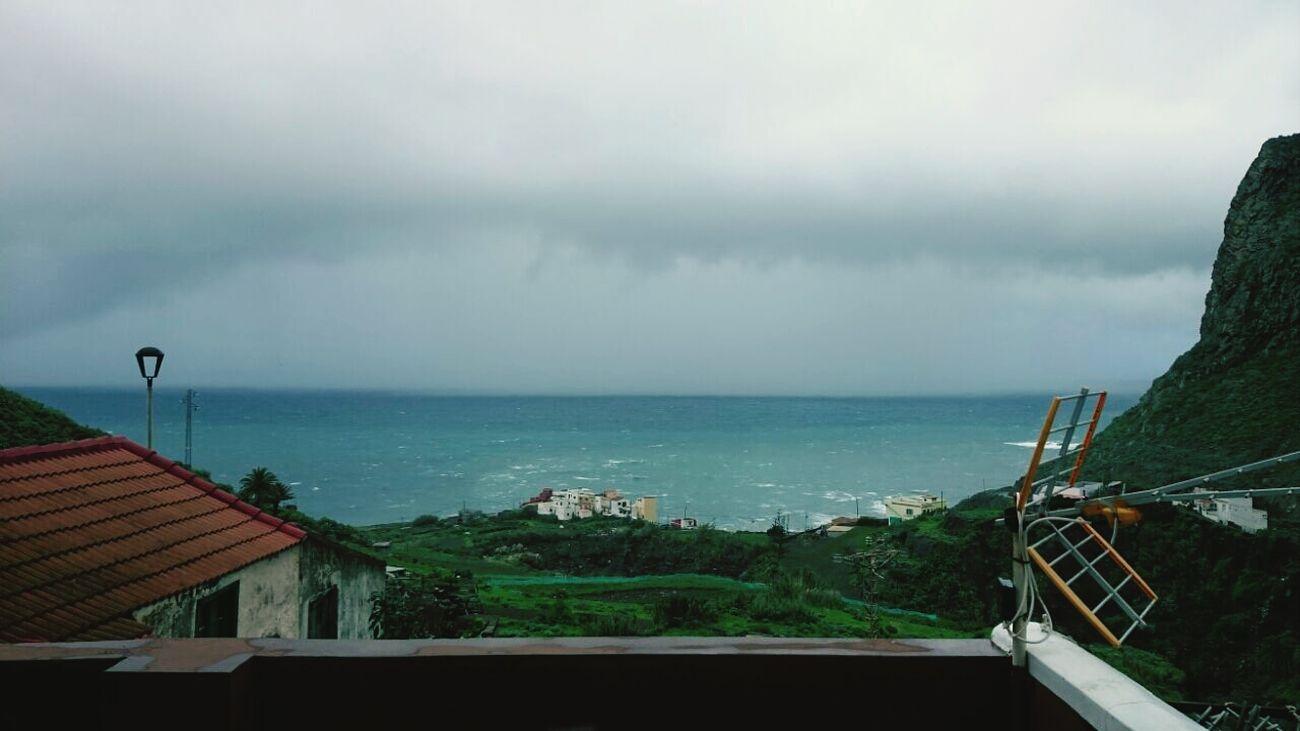 Tras la tormenta Storm Sea Lanscape