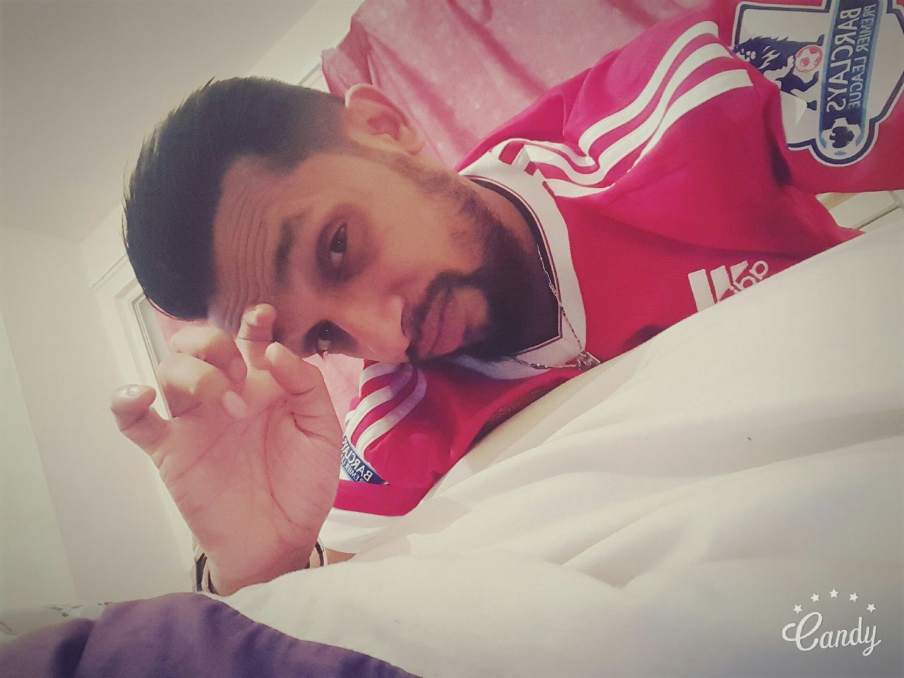 Sexygirl Hairstyle That's Me Hi! In Stead Of Mustache Its A Beared Beared Relaxing Taking Photos Thatsme😘✌✌ Wide Awake Football Manchesterunited Check This Out Selfportrait Hello World Selfportrait_tuesday_nonchallenge Selfie ✌