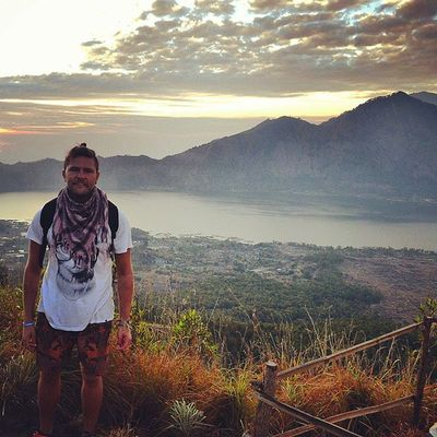 Sunrise viewpoint, and caught it just in time. Was the 1.15am alarm wake up worth it? Yes!!! It's not everyday you get to trek up one of Bali's live volcanos Mountbatur Bali Travelling Rtw Indonesia Volcano Trekking