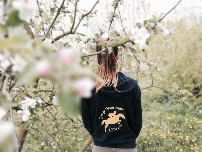 Tree Nature People Day Flower Young Adult Freshness One Person Growth Adults Only Adult Casual Clothing Outdoors Branch Only Women One Woman Only One Young Woman Only