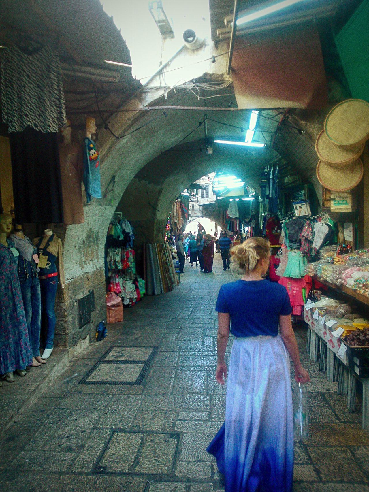 Embrace Urban Life Jerusalem Real People Travel Woman Bazaar Market Woman Who Inspire You Woman Of EyeEm Womanity  Woman Walking History Fleemarket