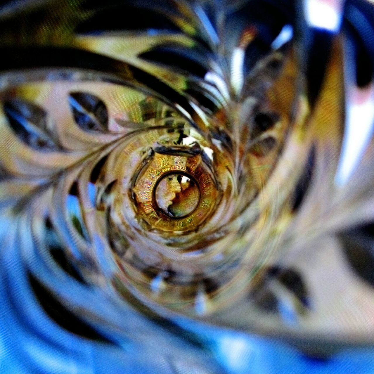 The Kiss Muster Mix Photos That Will Restore Your Faith In Humanity Look Inside You & You A Frame Within A Frame Centerpoint Adventures Beyond The Ultraworld Untold Stories Abstract Seeing The Sights NEM Abstracts Macro Beauty Was Will Ich Denken Fine Art Flyfish Album Human Meets Technology Fantasy Dreaming Look Inside This... Inside Out Lines, Colors & Textures Two Is Better Than One Maximum Closeness EyeEm Best Shots Film Close Up Technology
