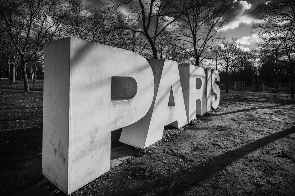 Paris Paris Paris Signs Paris ❤ Paris France Pariscity Sign Film Noir Moody Skies  Parc Floral De Paris Paris Architecture Parisian Architecture Love Paris Parisian Cliché Modern Art