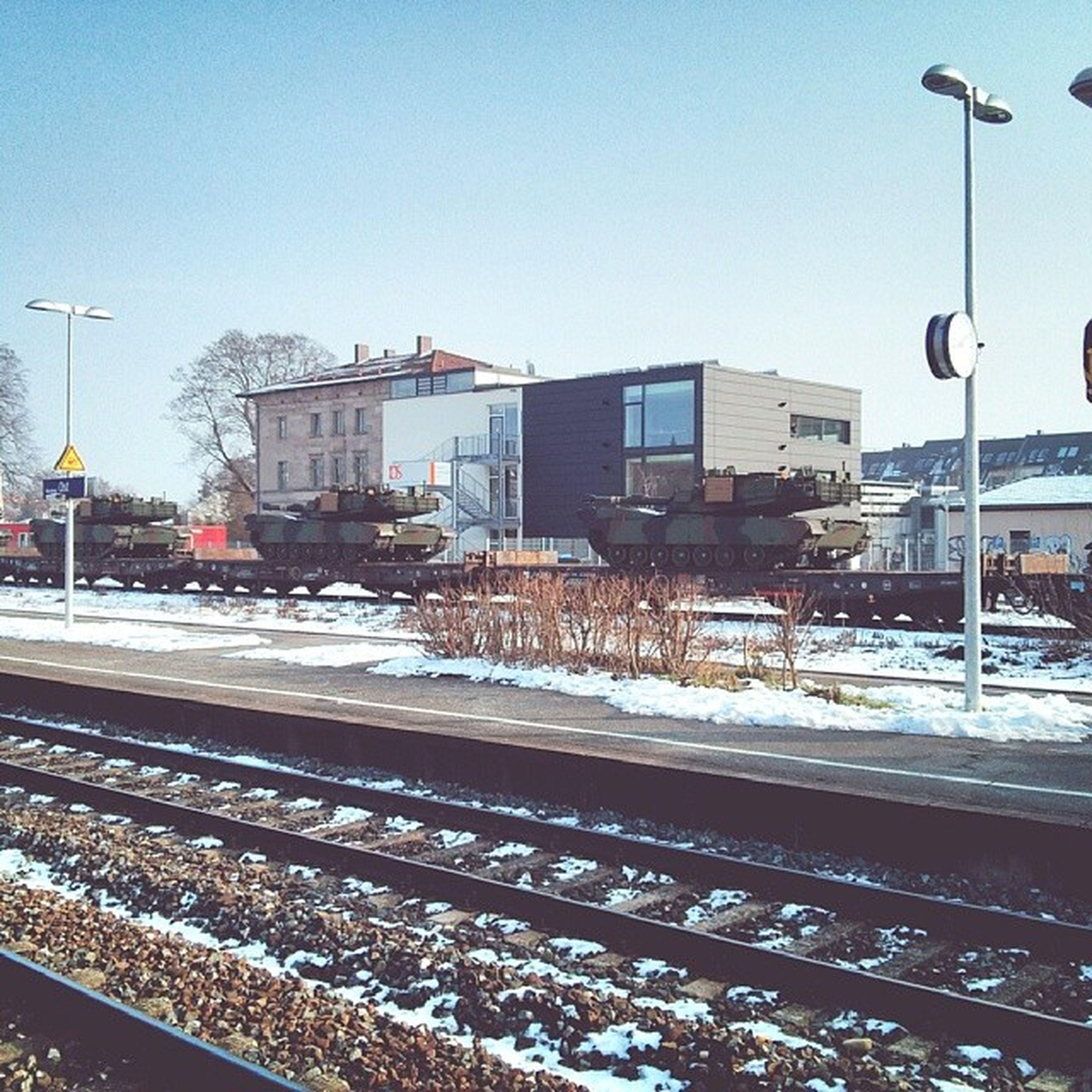Panzer Mos Bahn Höhöguckmaldasindpanzervorunsererschule