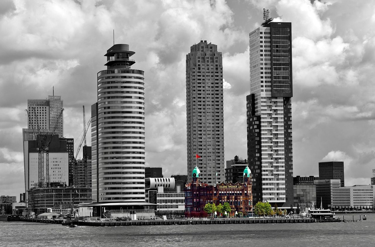 Rotterdam Hotel New York  Architecture Skyscraper Building Exterior Modern Built Structure City Sky Cloud - Sky Development Cityscape Outdoors Day Urban Skyline No People Old And New Old Buildings New Buildings Meet Historical Buildings The Architect - 2017 EyeEm Awards
