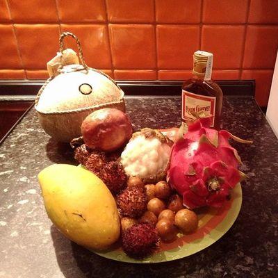 подарок Вьетнам фрукты алкоголь ромвкусненько