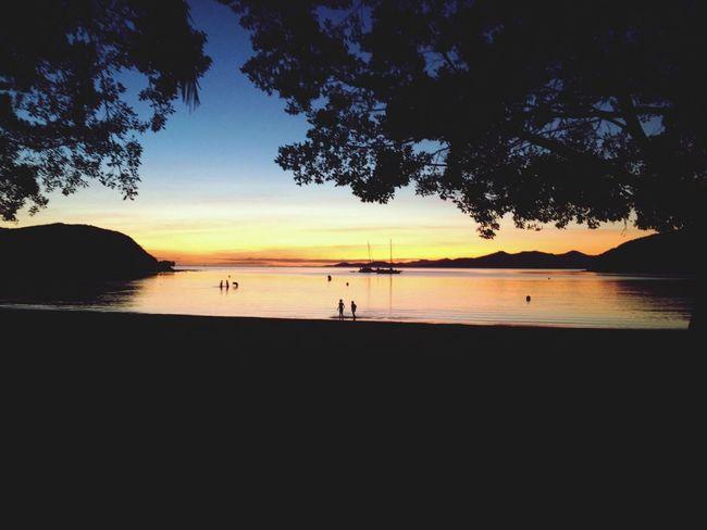 Couché De Soleil Sun Set Kuendu Beach dernier rayon de l'aprèm slackline