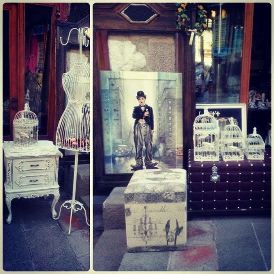 Beyaz Kafes Elbiseaskısı Cok Cici  Charliechaplin Dekorasyon Cok egeli ... Decoration White Bird Clotheshanger Cage