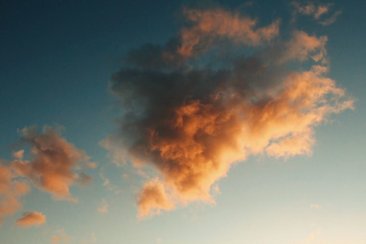 Beautiful stock photos of cloud, Beauty In Nature, Cloud - Sky, Color Image, Fluffy