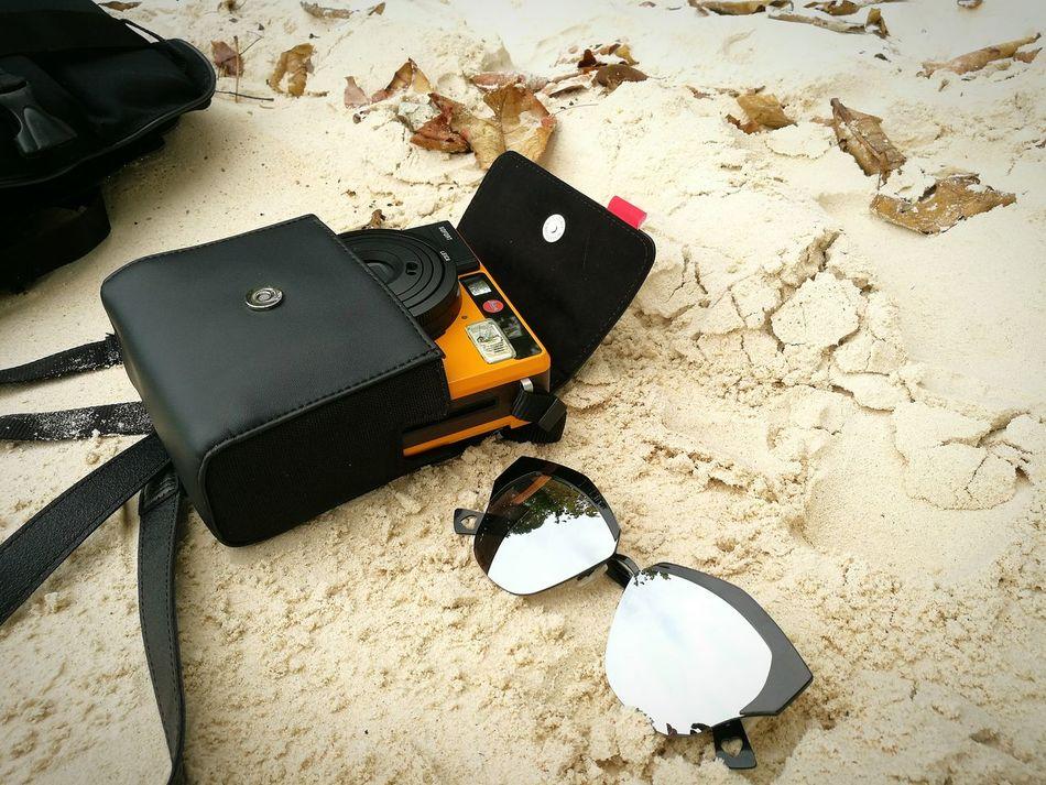 Leicacamera Sunglasses Camera Sand Beauty In Nature Sand&sea Leica Polaroid EyeEmNewHere Lieblingsteil