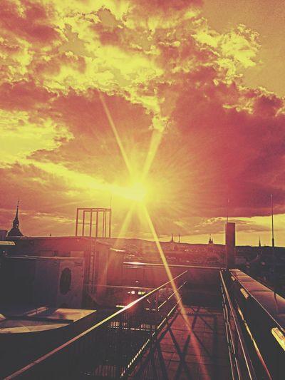 Beautiful Sunset♥♥Good Evening EyeEm Red Sky On The Roof