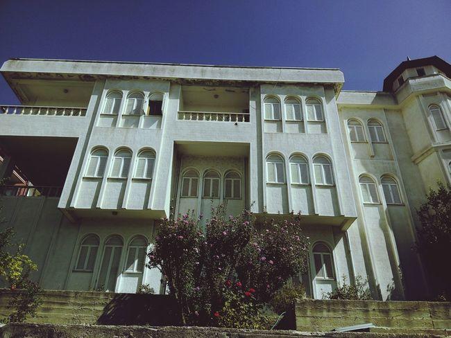 19.09.15 Periliköşk Periliev Fairy House Beautiful House Ev Köşk Perili Köşk Roses Sky